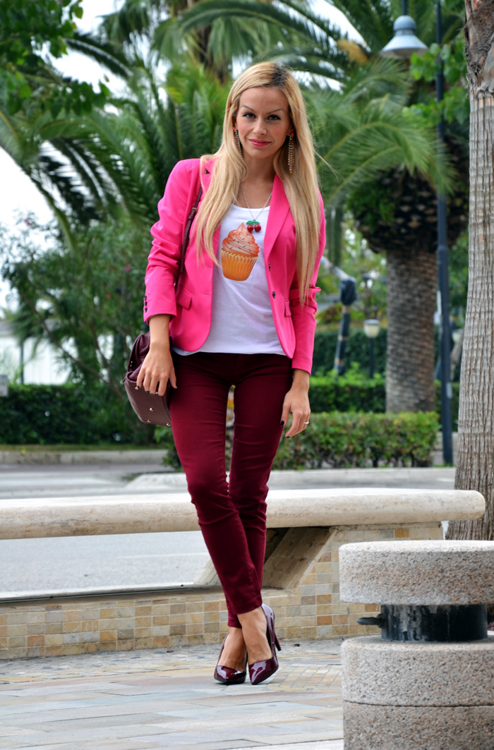 Krey Store t-shirt con collana - Coccinelle borse autunno inverno 2013 - burgundy trend fall 2013 - outfit fashion blogger It-Girl by Eleonora Petrella