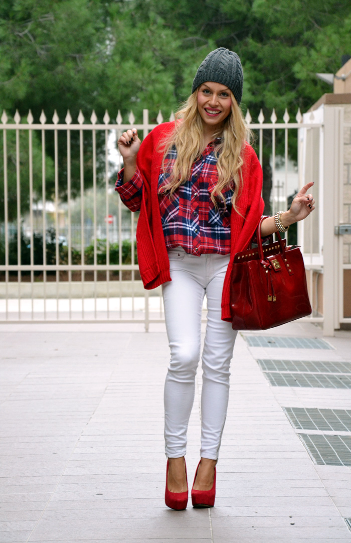 Tartan plaid print shirt, white pants, beanie fall winter 2013, Arcadiabags bolsas - outfit italian fashion blogger It-Girl by Eleonora Petrella