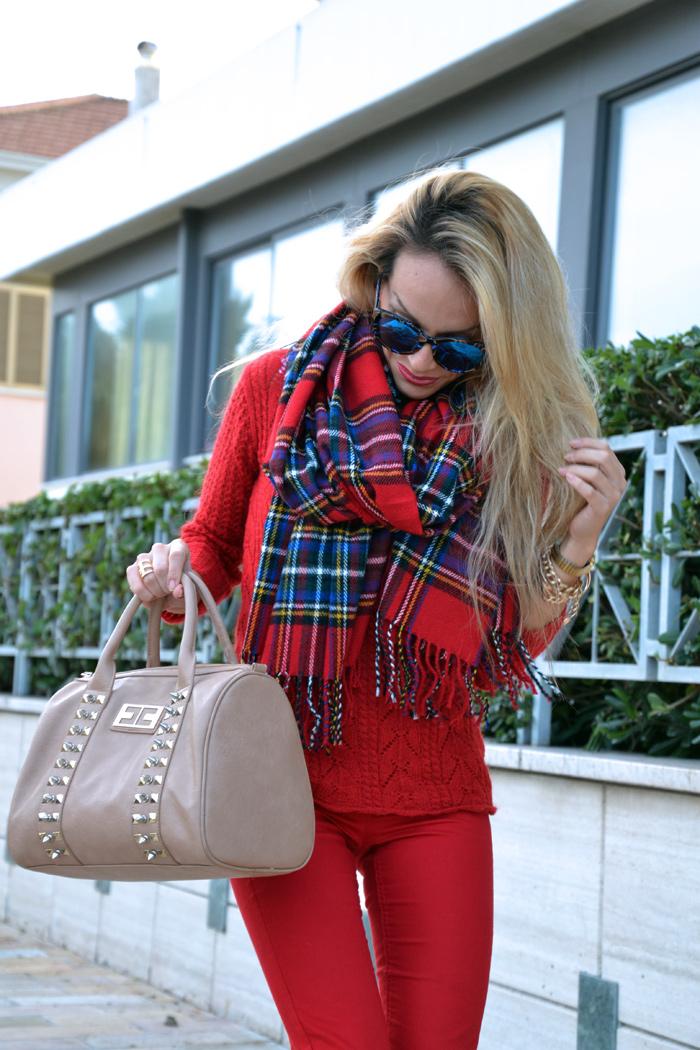 Tartan scarf plaid print, sciarpa scozzese - tartan trend fall winter 2013, red pants, cream Zara pumps - bauletto Elisabetta Franchi - outfit italian fashion blogger it girl by Eleonora Petrella