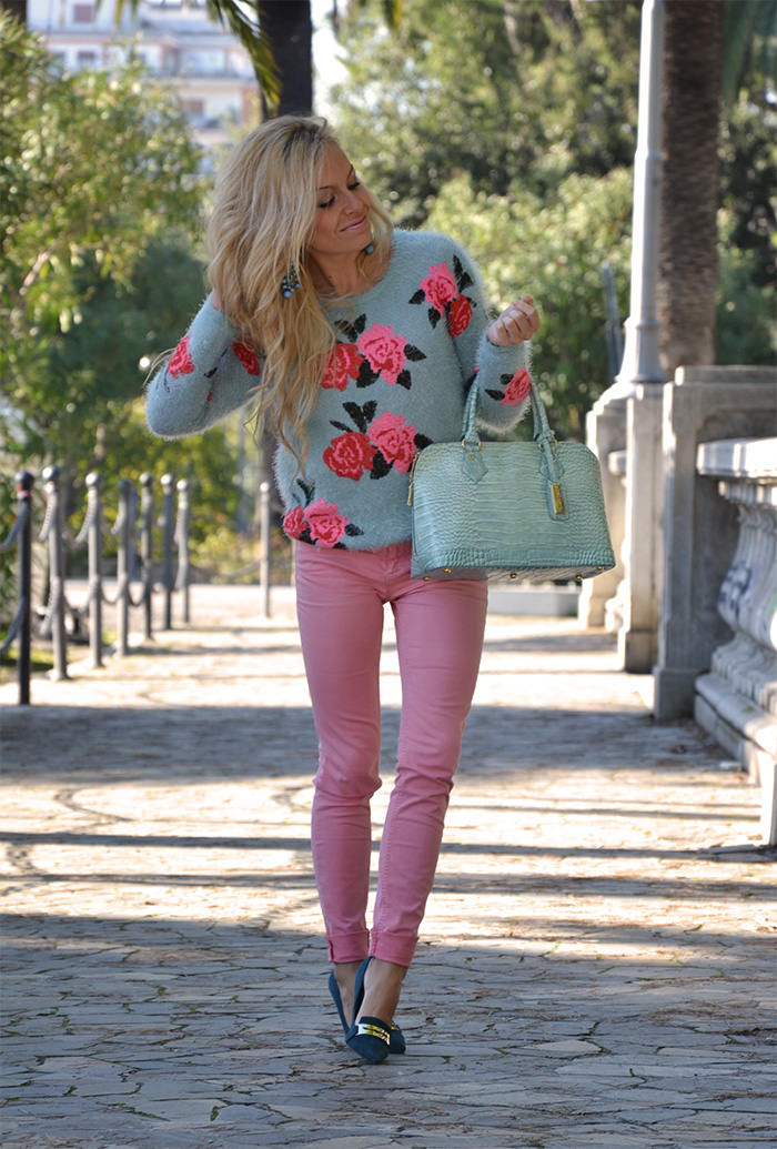 Romwe fluffy sweater, pink pants, Menbur shoes, Arcadia Bags bolsas - outfit italian fashion blogger It-Girl by Eleonora Petrella fall winter 2013/14