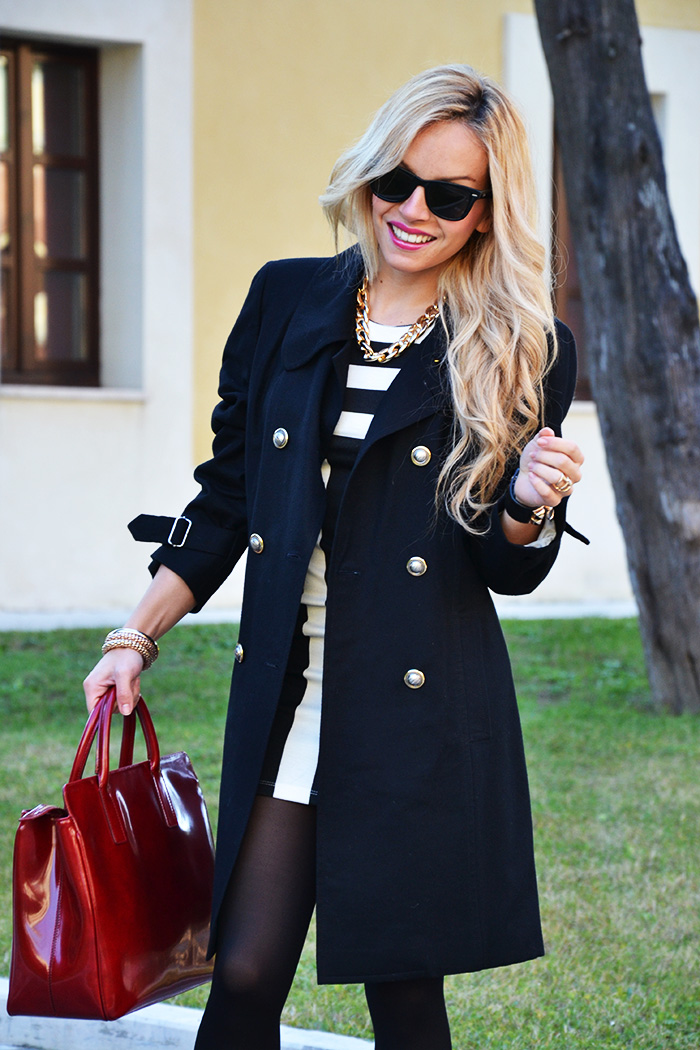 Black coat, striped dress, Arcadia bags bolsas, outfit elegant chic italian fashion blogger It-Girl by Eleonora Petrella