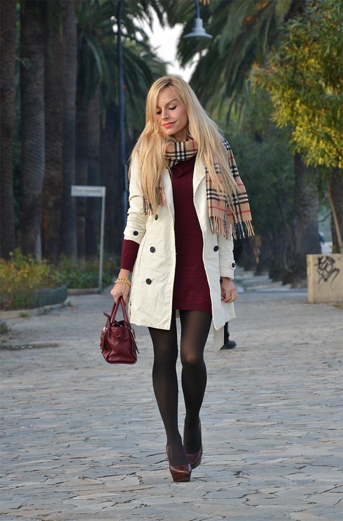 White trench, Burberry scarf, borsa Coccinelle, burgundy trend fall winter 2013 - outfit italian fashion blogger It-Girl by Eleonora Petrella