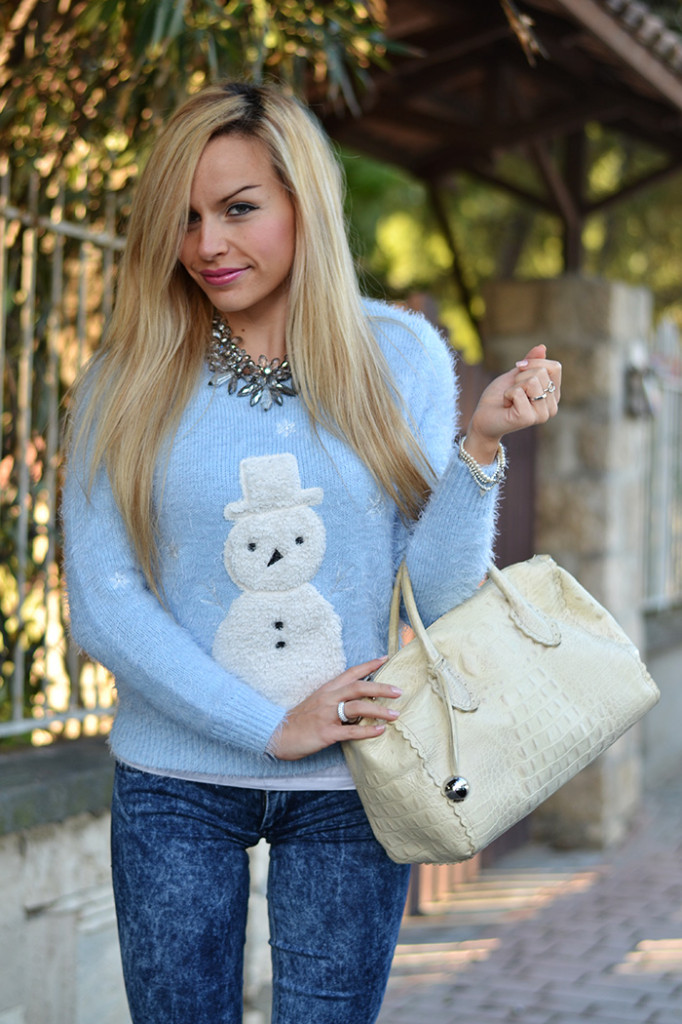 <!--:it-->Snowman furry sweater<!--:-->