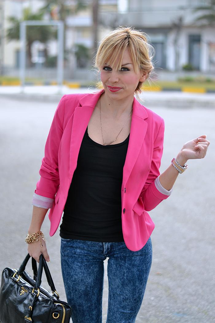 Nike Free Run 5.0 pink rosa, bauletto Prada bags – sporty chic look Italian fashion blogger It-Girl by Eleonora Petrella