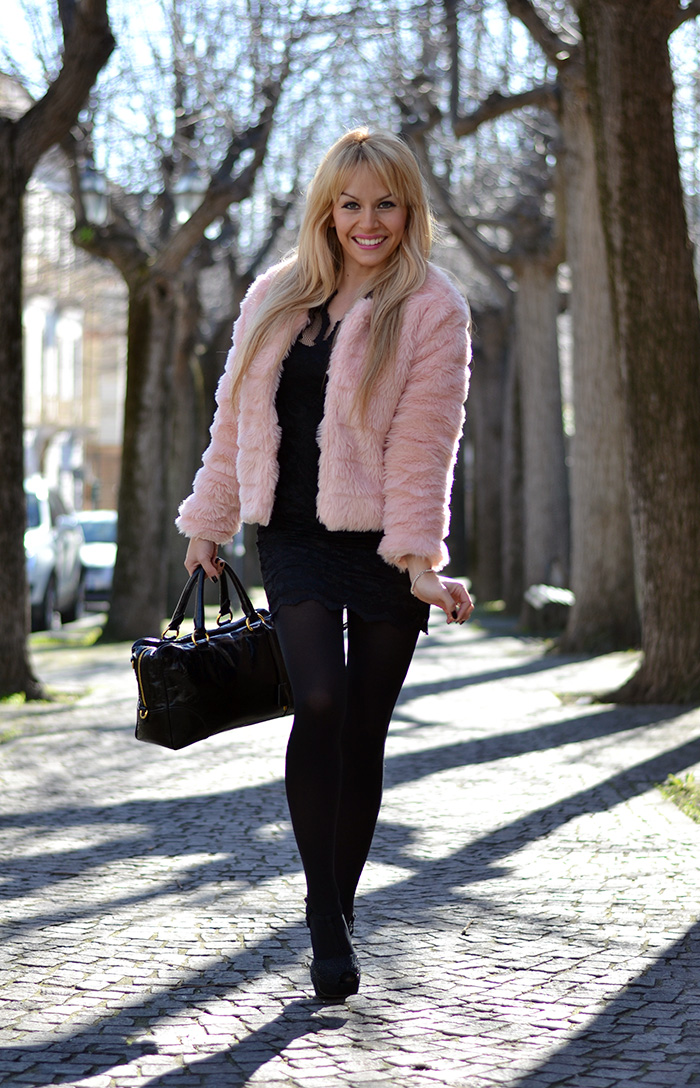 Pink faux fur trend winter 2014, Sheinside lace elegant dresses – outfit italian fashion blogger It-Girl by Eleonora Petrella