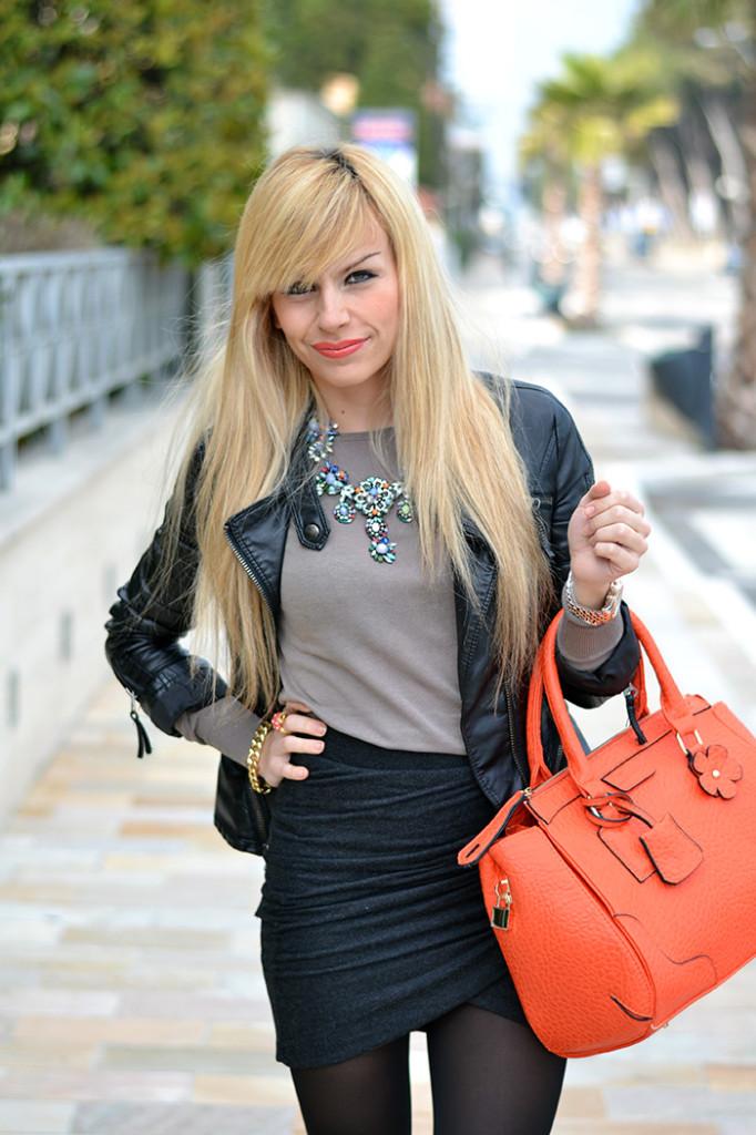 <!--:it-->Draped skirt and Orange <!--:-->