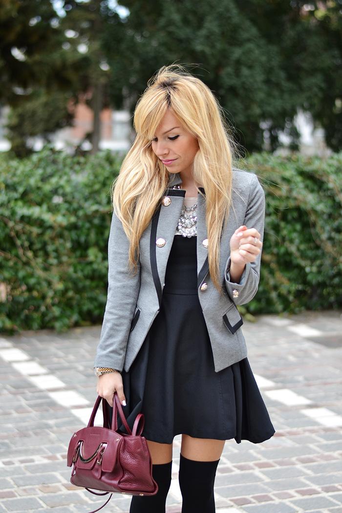 calze sopra al ginocchio parigine, over the knee socks, Sheinside blazer and jacket, borse Coccinelle – Italian fashion blogger It-Girl by Eleonora Petrella