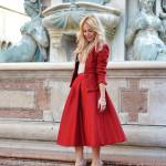 <!--:it-->Midi skirt – Total Red look<!--:-->
