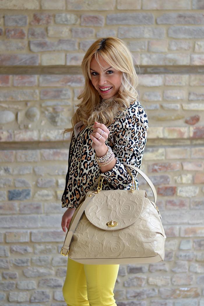 Vessts leopard bomber jacket, Free Soul yellow pants and Braccialini bags SS 2014 – Italian fashion blogger It-Girl by Eleonora Petrella, idee look primavera 2014