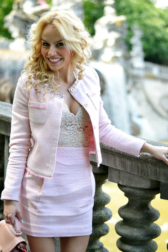 <!--:it-->Tailored skirt and blazer<!--:-->
