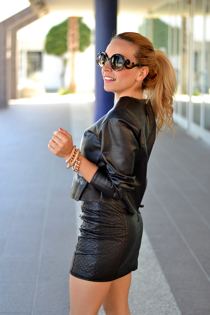 Zero UV sunglasses, Zero Uv Italia opinioni dogana, gonna di pelle, leather skirt, leather top, outfit glam rock italian fashion blogger It-Girl by Eleonora Petrella