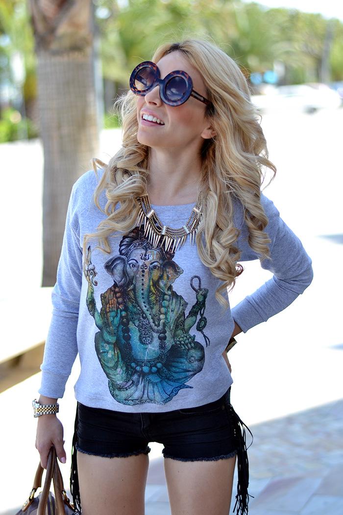 Tract brand, Tract shop, tract tshirt, Zero UV sunglasses Italia, outfit shorts idee look italian fashion blogger It-Girl by Eleonora Petrella