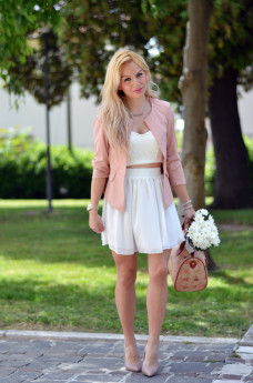 Loristella borse prezzi, skater skirt, gonne in tulle, crop top trend summer estate 2014 – outfit italian fashion blogger It-Girl by Eleonora Petrella