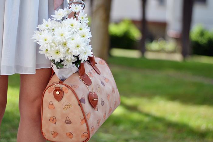 Loristella borse prezzi, skater skirt, gonne in tulle, crop top trend summer estate 2014 – outfit italian fashion blogger It-Girl by Eleonora Petrella