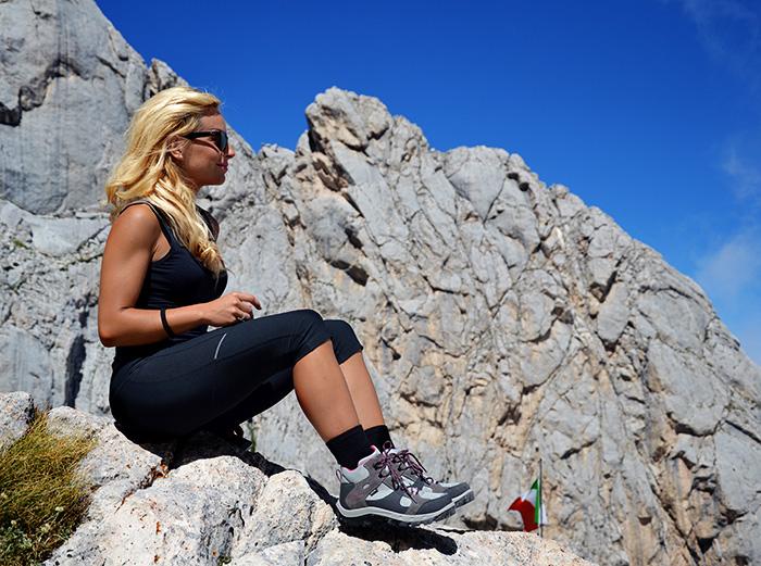 Bomboogie giacche giubbini, piumini Bomboogie, trekking, abbigliamento donna trekking montagna, Rifugio Franchetti Gran Sasso escursioni - It-Girl by Eleonora Petrella