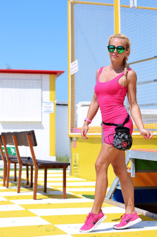 Iaco Tortoreto cazzarulo, pink dress, Nike Free Run pink, sneakers corsa running rosa Nike – outfit It-Girl by Eleonora Petrella