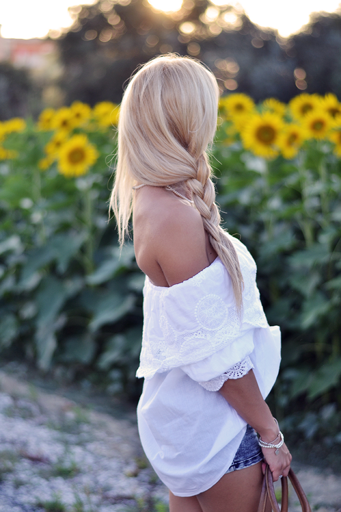 Off shoulder tops, Off shoulder dresses, Chicwish, high waisted denim shorts, Zara heels, Etro bag – outfit summer 2014 fashion blogger italiane famose It-Girl by Eleonora Petrella