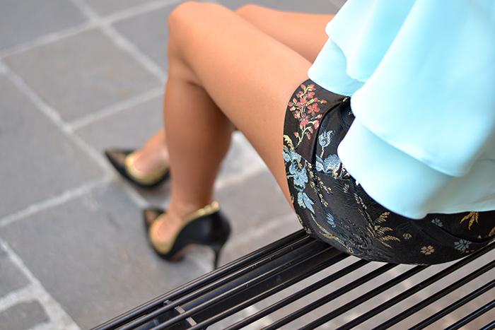 Ventifive Sartoria, shorts a vita alta, chiffon layered top, Chicwish crop top, Sergio Levantesi scarpe, outfit italian fashion blogger It-Girl by Eleonora Petrella