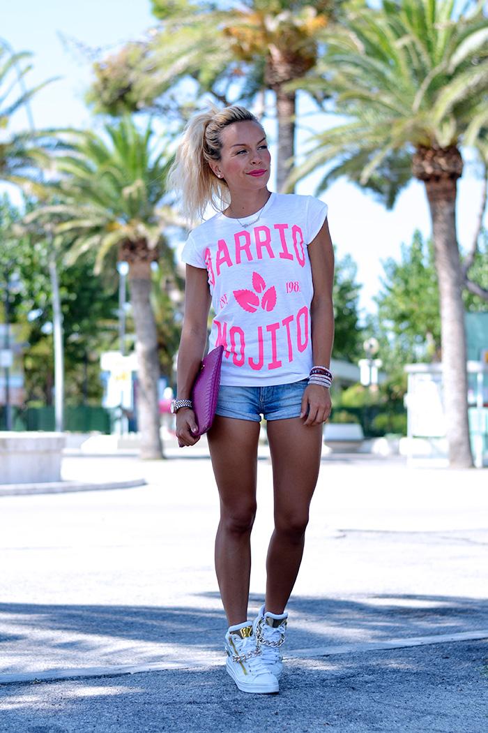 Roimer t-shirt alla moda estate 2014, shorts di jeans, sneakers bianche – outfit summer 2014 italian fashion blogger It-Girl by Eleonora Petrella