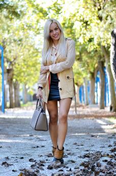 Sorel medina rainy boots, stivali pioggia, borse Michael Kors prezzo, Michael Kors bags, outfit fall 2014, leather skirt, italian fashion blog It-Girl by Eleonora Petrella