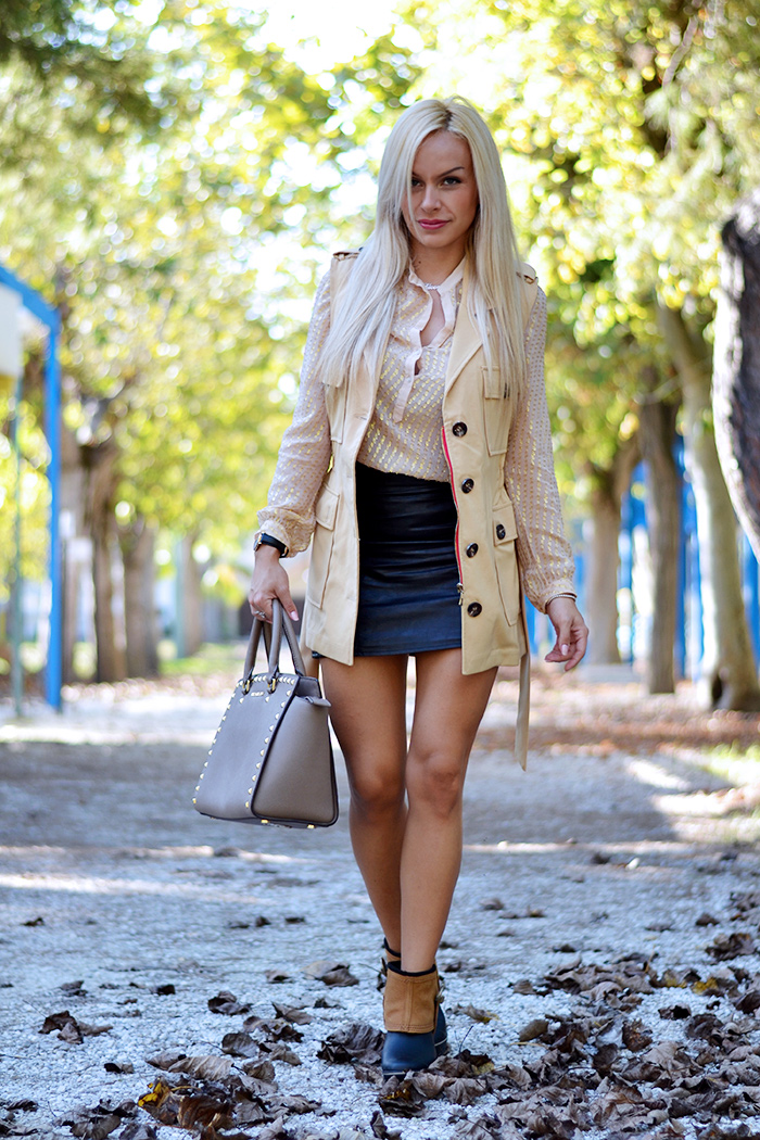 Sorel medina rainy boots, stivali pioggia, borse Michael Kors prezzo, Michael Kors bags, outfit fall 2014, leather skirt, italian fashion blog It-Girl by Eleonora Petrella