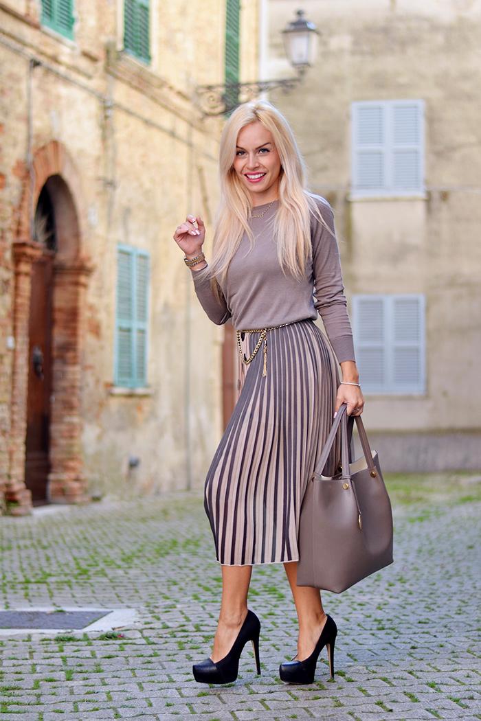 Loristella borse, Giorgia&Johns collezione AI 2014-2015, gonna plissettata - look autunno inverno 2014 italian fashion blogger It-Girl by Eleonora Petrella
