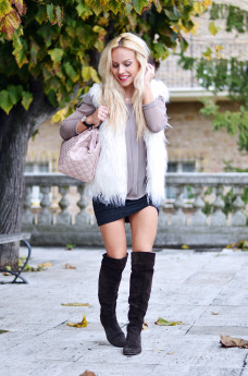 Loristella borse AI 2014-2015, Giorgia&Johns abbiagliamento, over the knee boots outfit ideas, stivali bassi sopra al ginocchio – fashion blogger It-Girl by Eleonora Petrella