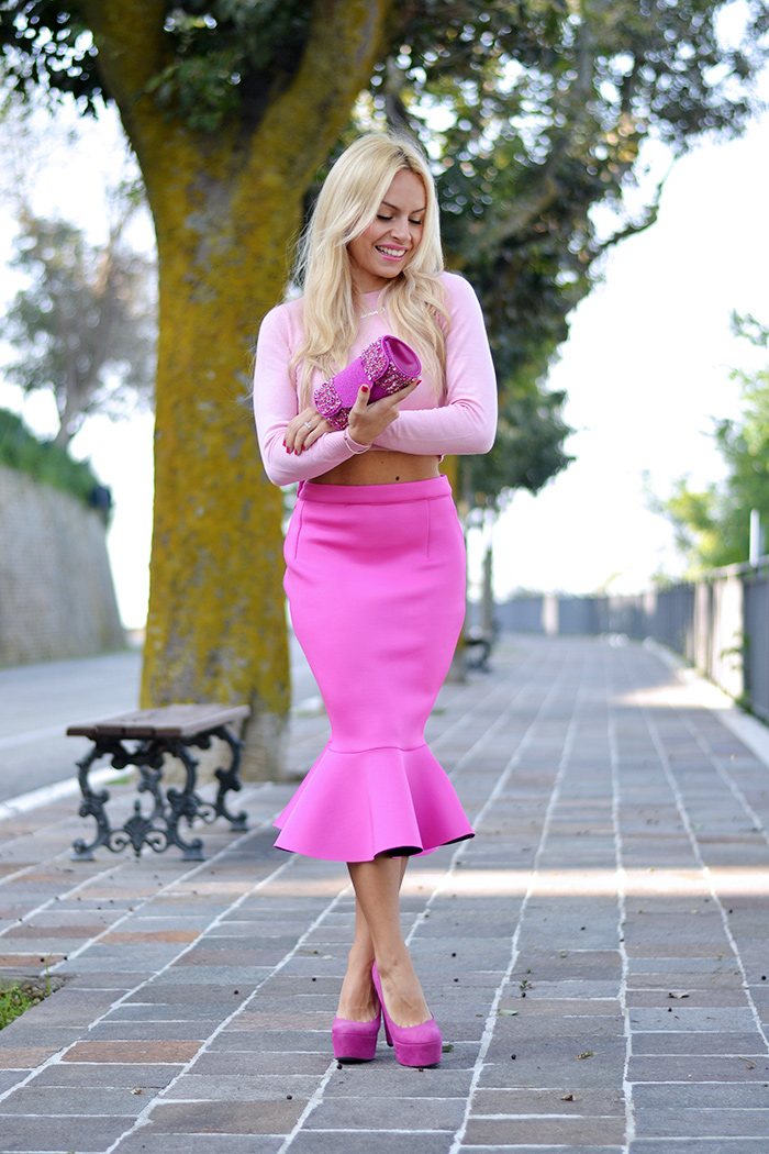 pencil skirt, midi skirt trend fall winter 2014-2015, gonna a tubo come indossarla idee look, crop sweater, It-Girl by Eleonora Petrella