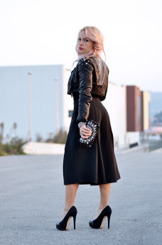 culottes trend, wide leg cropped pants, gauchos, pants as skirt, Zara high heels, Ottaviani bijoux - outfit italian fashion blogger It-Girl by Eleonora Petrella