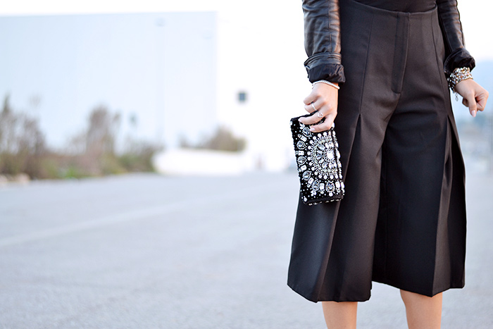 culottes trend, wide leg cropped pants, gauchos, pants as skirt, Zara high heels, Ottaviani bijoux - outfit italian fashion blogger It-Girl by Eleonora Petrella