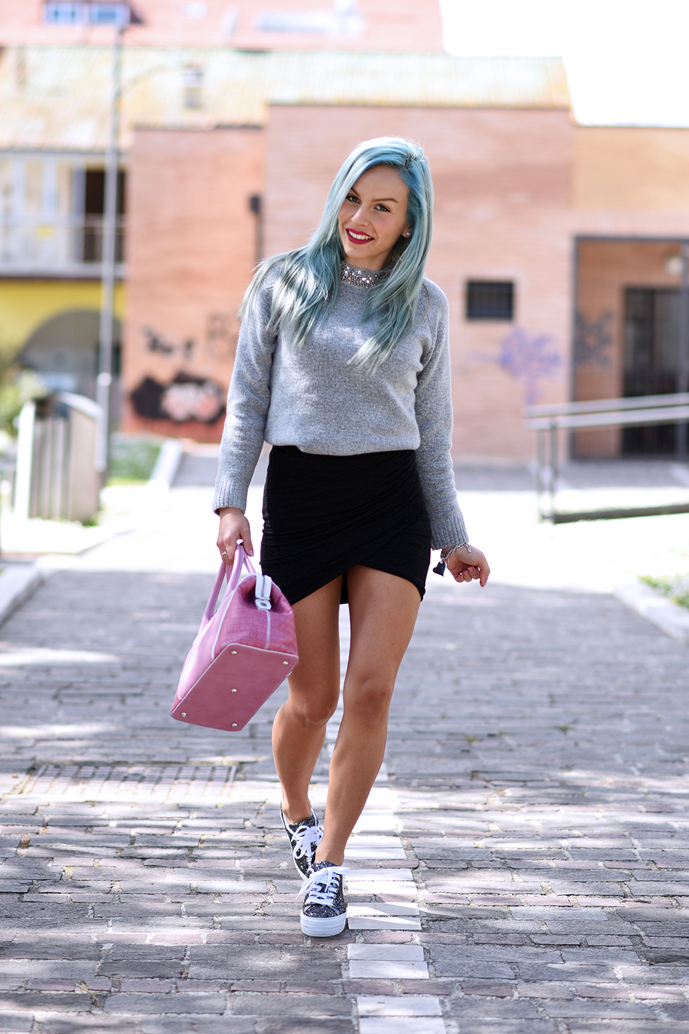 Cult Shoes scarpe primavera estate 2015, capelli colorati tendenze PE 2015, crazy color hair, pastel blu hair - outfit fashion blogger It-Girl by Eleonora Petrella