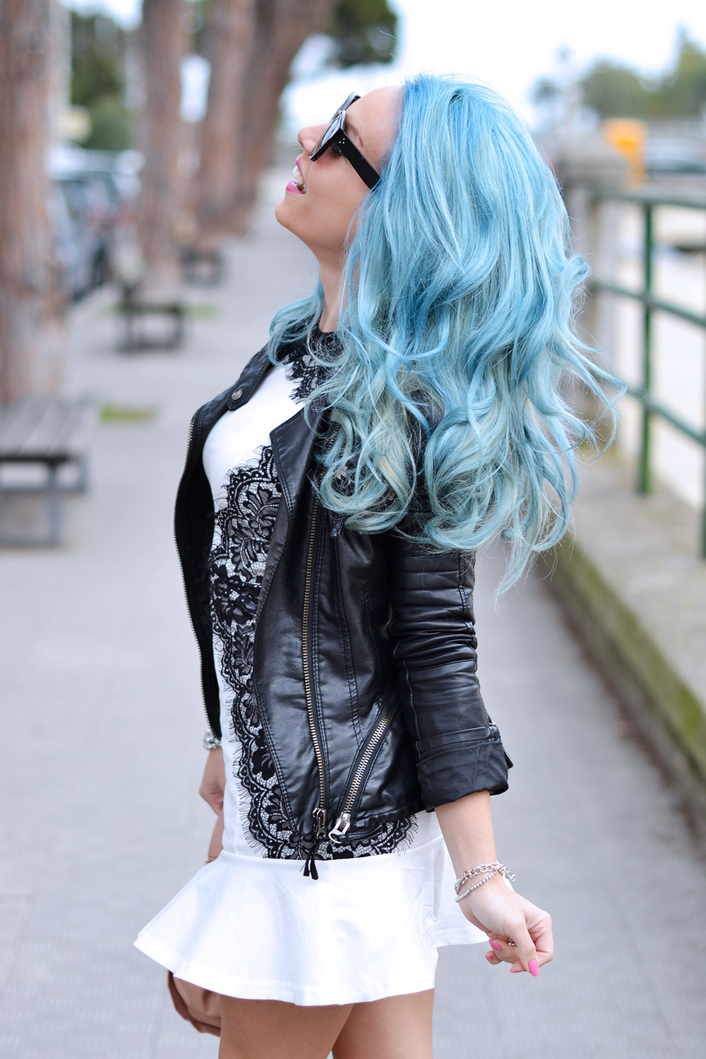 Occhiali firmati in sconto, Sunglasses shop Italia, Sunglasses shop affidabile, saldi occhiali Rayban, pastel blue hair, capelli colorati tendenza primavera estate 2015, outfit italian fashion blogger It-Girl by Eleonora Petrella