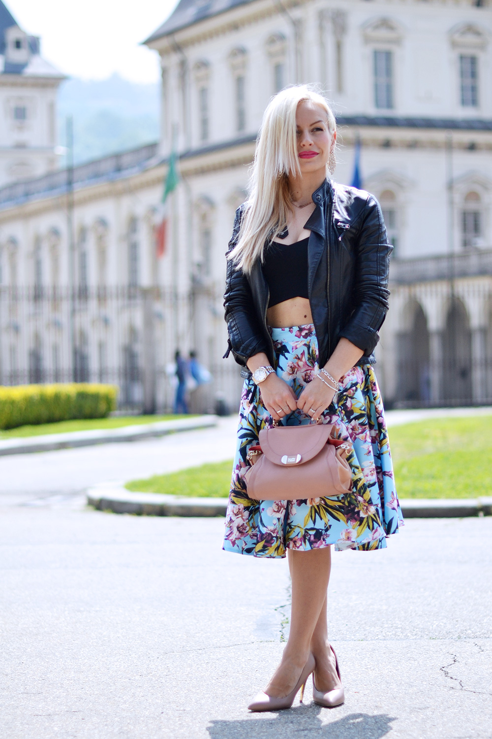 flower skirt, gonne a ruota, come indossare le gonne a fiori, top crop tendenza primavera/estate 2015, outfit per la primavera - fashion blogger It-Girl by Eleonora Petrella