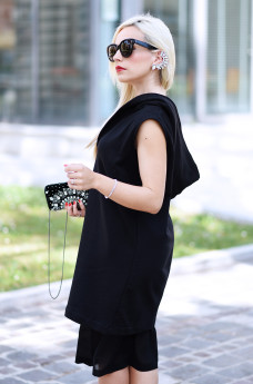 q61, qsixtyone, earcuff, outfit total black, Cèline Audrey sunglasses, Ottaviani clutch gioiello, outfit primavera 2015, chic black Magnum – fashion blogger It-Girl by Eleonora Petrella