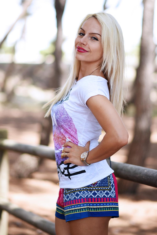 Tract shop t-shirt, magliette simpatiche, magliette estate 2015, shorts per il mare, look per le vacanze, come vestirsi in vacanza, zeppe Aldo – outfit fashion blogger It-Girl by Eleonora Petrella