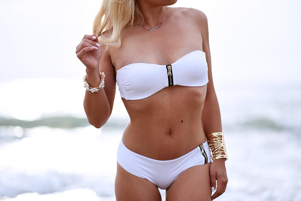 Ventifive abbigliamento, Ventifive costumi, costumi estate 2015, costume bianco, bikinis summer 2015 - blogger It-Girl by Eleonora Petrella