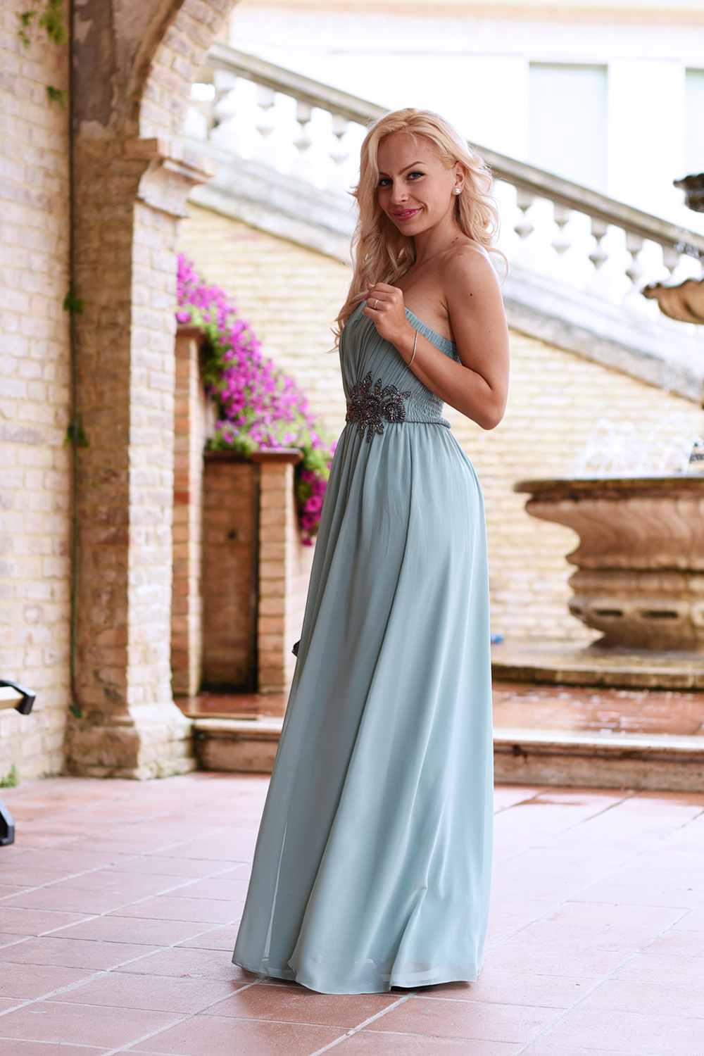 Little Mistress, abiti da cerimonia, come vestirsi ad un matrimonio, party dresses Asos, abiti lunghi per invitate al matrimonio, regole look matrimonio, cosa non indossare ad un matrimonio - outfit fashion blogger It-Girl by Eleonora Petrella