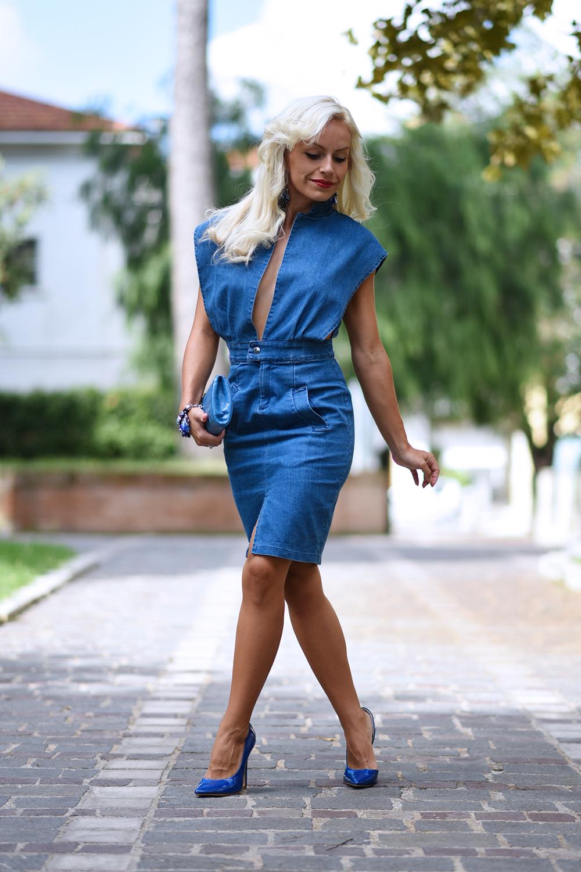 Denim dress, abiti in jeans, vestiti di jeans, Choies Italia, Choies spedizioni, vestiti al ginocchio, come indossare il denim - outfit blogger It-Girl by Eleonora Petrella