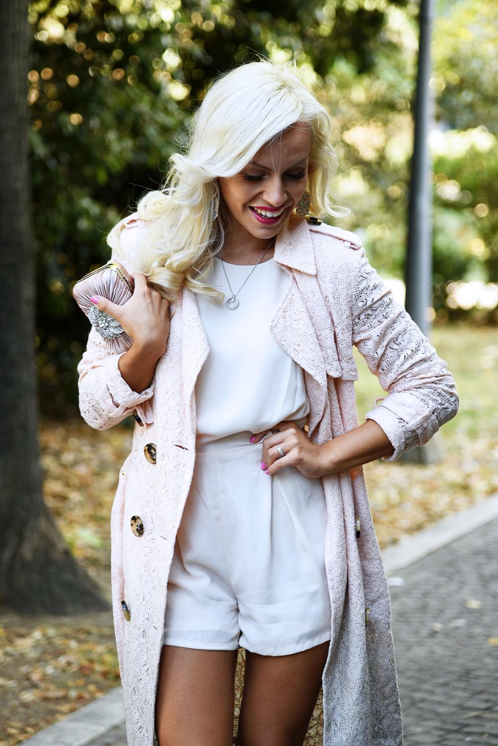 Mariella Rosati trench, outfit femminili autunno, TUUM gioielli, TUUM collezione collane, look settembre 2015 - fashion blogger It-Girl by Eleonora Petrella