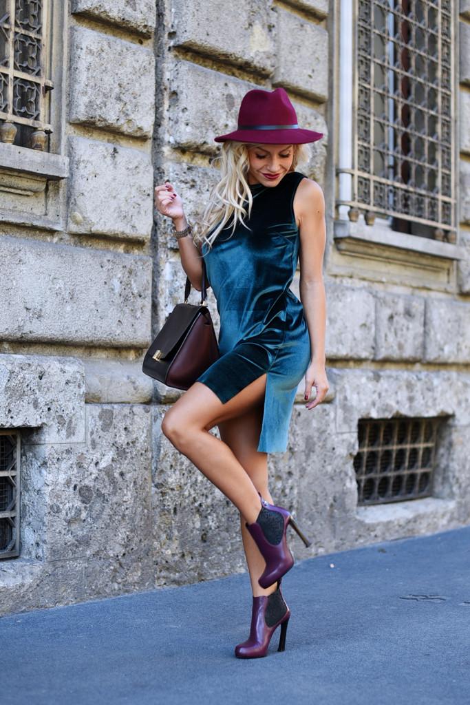 Rent Fashion Bag