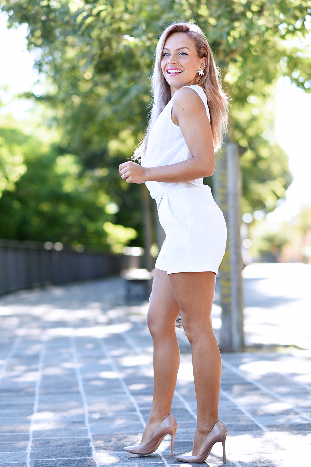 look total white tuta Ventifive 06