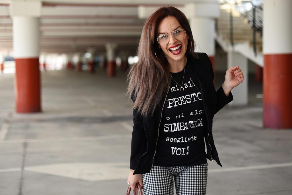 T-Shirt e tacchi: chic e spiritosa con IRONIC! HAPPINESS IN MY SHIRT