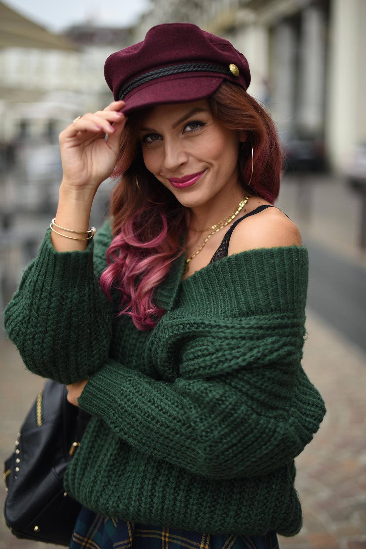 ... moda cappelli autunno inverno 2017 2018 vi possano essere utili! Vi  lascio con alcune foto di outfit da me indossati in questi giorni con il  basco ed il ... 3b8b73df33f4